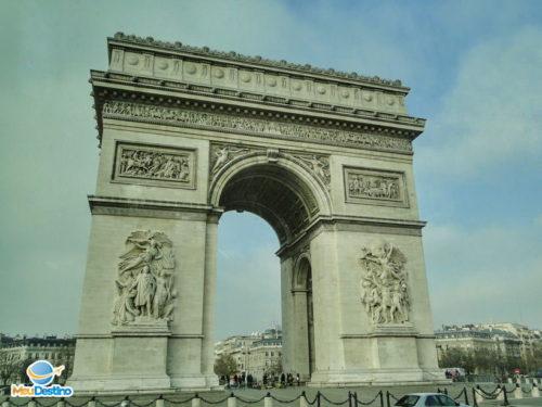 Arco do Triumfo - Paris - França
