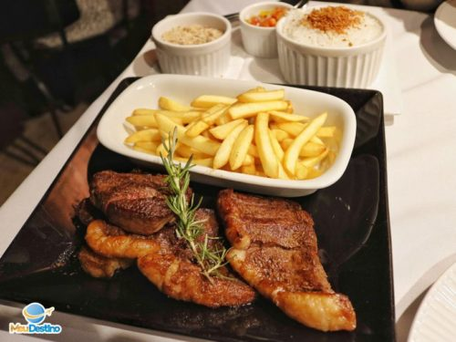 Restaurante Taberna - Pousada Carumbé - Lavras Novas-MG