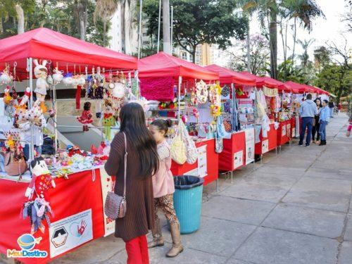 Feira Entre Amigos - Praça do Santuário - Divinópolis-MG