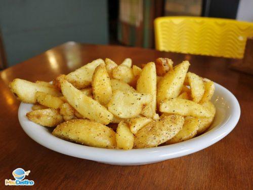 Batatas Rústicas - Degustare Árarosa - Onde comer em Gonçalves-MG