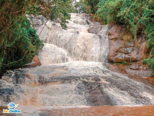 Cachoeira das Sete Quedas - Gonçalves-MG